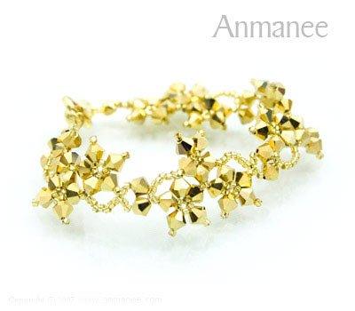 Handcrafted Swarovski Crystal Bracelet - Gold Crawling Star 010211