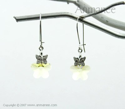 Handcrafted Swarovski Crystal Earrings 01034