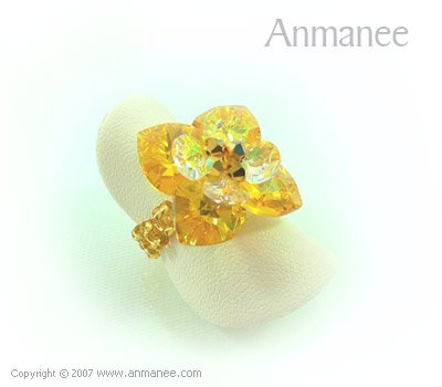 Handcrafted Swarovski Crystal Ring - Pikul 010459