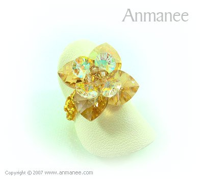 Handcrafted Swarovski Crystal Ring - Pikul 010456