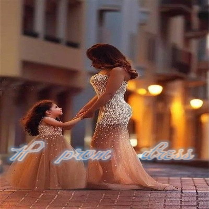 Beautiful Mother And Kids Evening Dresses Strapless Floor-length Sleeveless Style Formal Gowns