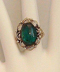 Ring Women's Victorian Look Green Acrylic Stone Adjustable