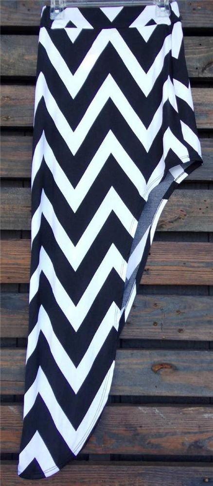 Womens Medium Skirt Womens Medium Chevron Patterned Skirt CUTE ~~~~~~~~