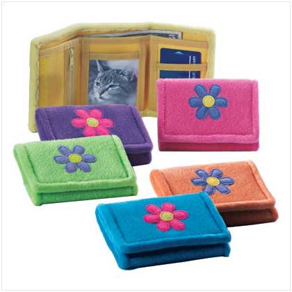 3520400: Fuzzy Plush Flower Design Wallet - Set of 6
