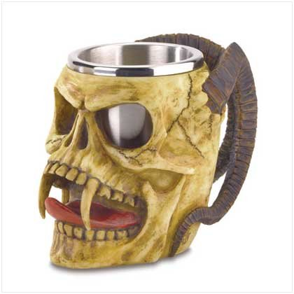3800900: 15 oz. Devil Skull Tankard with Steel Cup