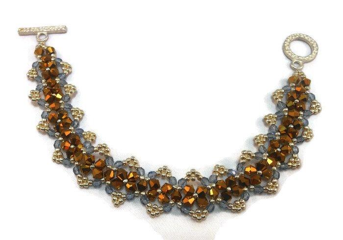 Hand Made Crystal Beaded Women's Bracelet (B04043)