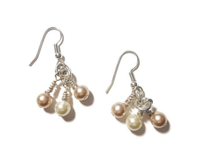 Hand Made Hanging Pearl Earrings (E00623)
