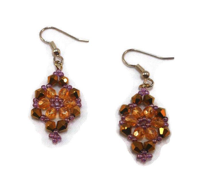Hand Made Women's Crystal Victorian Earrings (E05225)