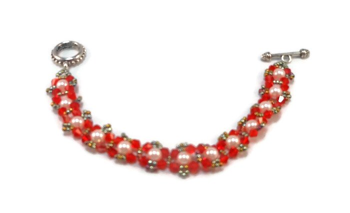 Hand Made Red And Pink Women's Crystal Beaded Bracelet (B04541)