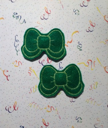 Pair of Green Felt Bow with Tail Snap Clips