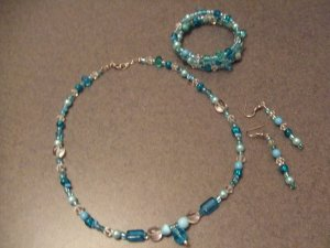 Aqua Cats eye necklace