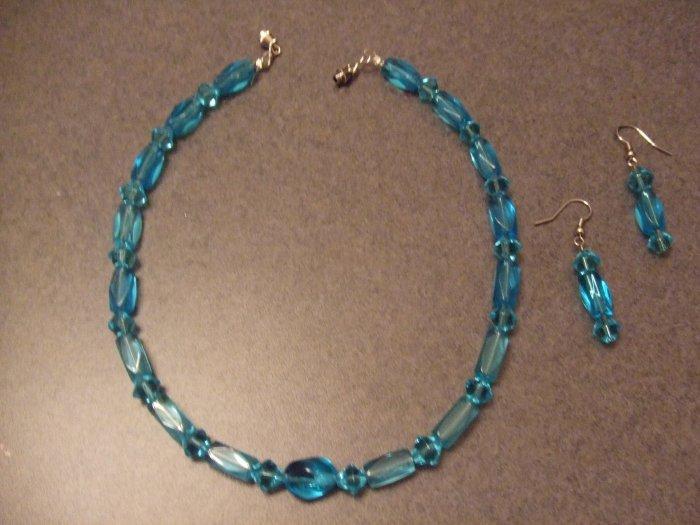 Aqua Twist necklace