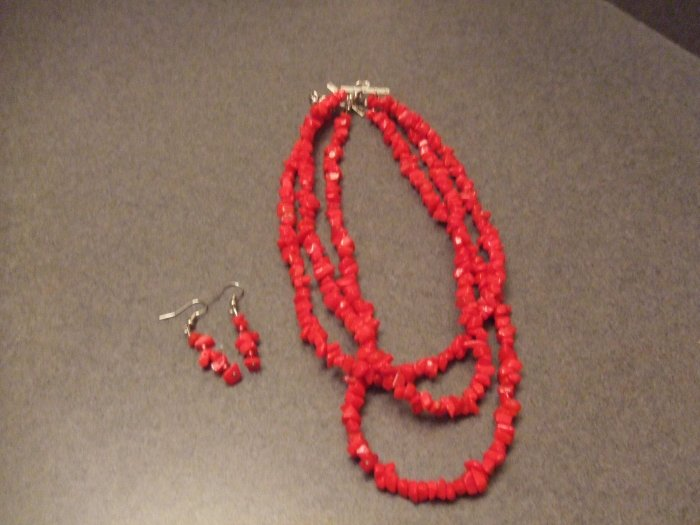 Firey coarl red necklace