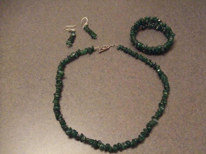 seaweed green coarl necklace and earrings