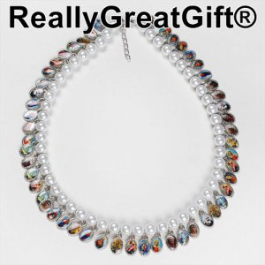 Necklace with medals of Jesus, Mary and Saints - White Beads