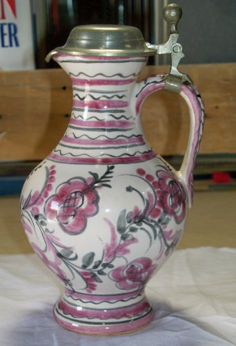 ASN 030a purple or lavender colored pitcher vase with lid nice looking piece