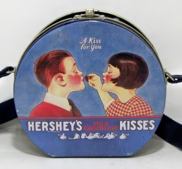 Hershey's Kisses Milk Chocolate collectible lunch box type tin (T108)