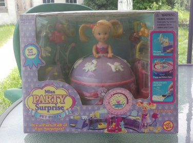 Vintage 90s RARE Miss Party Surprise Pet Party TOY BIZ 1999 MINT NEW IN BOX SEALED