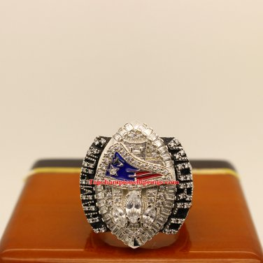 2004 New England Patriots Super Bowl XXXIX Football Replica Championship Ring