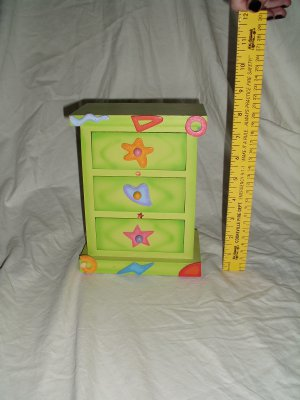 Little Girls Jewelry/Trinket/Treasure Box Neon Green Wood