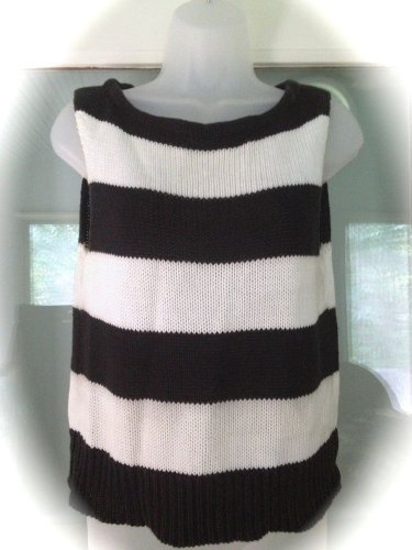 Newport News Jeanology Sweater Size M Black White Stripes Bateau Neck Sleeveless