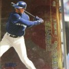 Ken Griffey Jr 2000 Fleer Focus Focal Points
