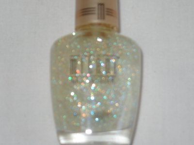 MILANI Nail Polish  #40 DIAMOND DAZZLE Gorgeous SPARKLE for Top Coat or Alone