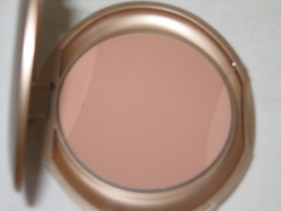 MILANI Smooth Finish Pressed Powder Compact  #12 TRUE BEIGE Face Finish Powder MATTE