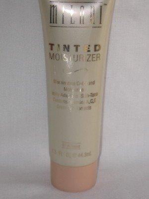 MILANI TinTeD MoisturizeR Tone-Adapting #01 ALMOND Alternative Foundation