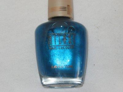 MILANI Nail Polish  #19 BREEZY a Medium Blue Polish Pearlized