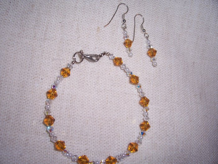 Amber colored crystal with Swarovski crystal w/ earrings