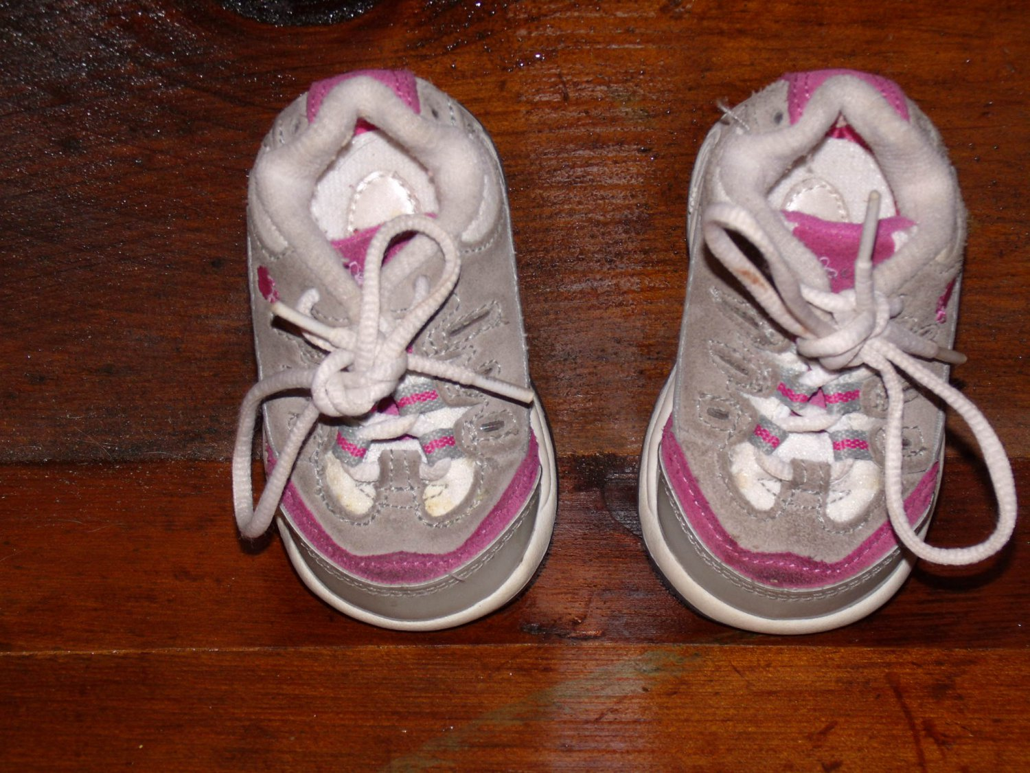 size 2 baby infant toddler sneaker tennis shoe