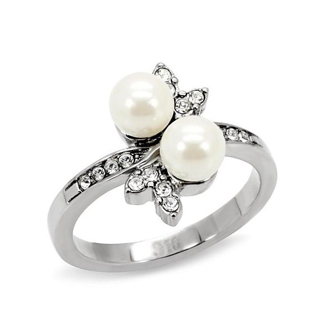 Beautiful Synthetic Pearl Flower Ring ~ Stainless Steel