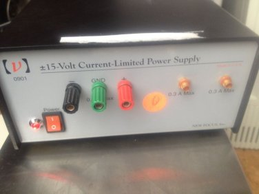 NEW FOCUS 0901 Lab Power Supply Current Limited +/- 15 VDC Excellent with cables