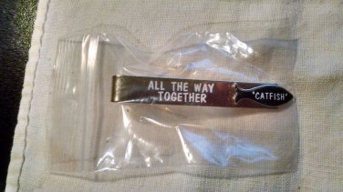 """Vintage Gold Tone ALL THE WAY TOGETHER """"CATFISH"""" Tie Clip Tie Clasp  NIP Mens"""