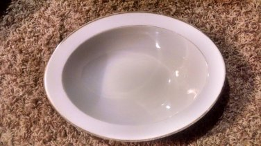 STYLE HOUSE FINE CHINA OBLONG SERVING BOWL WEDDING BAND PLATINUM TRIM JAPAN 11x8
