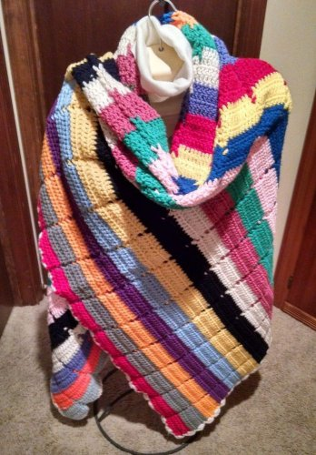 Vintage handmade Crochet Shawl Wrap Scarf Multi-Color Stripes 68 x 48 Fashion