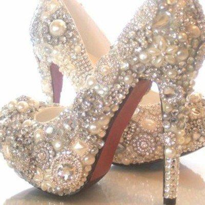 Custom pearls, brooches, rhinestone and crystal pump