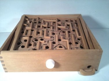 VINTAGE WOOD TILTING LABYRINTH MARBLE MAZE GAME FREE SHIPPING