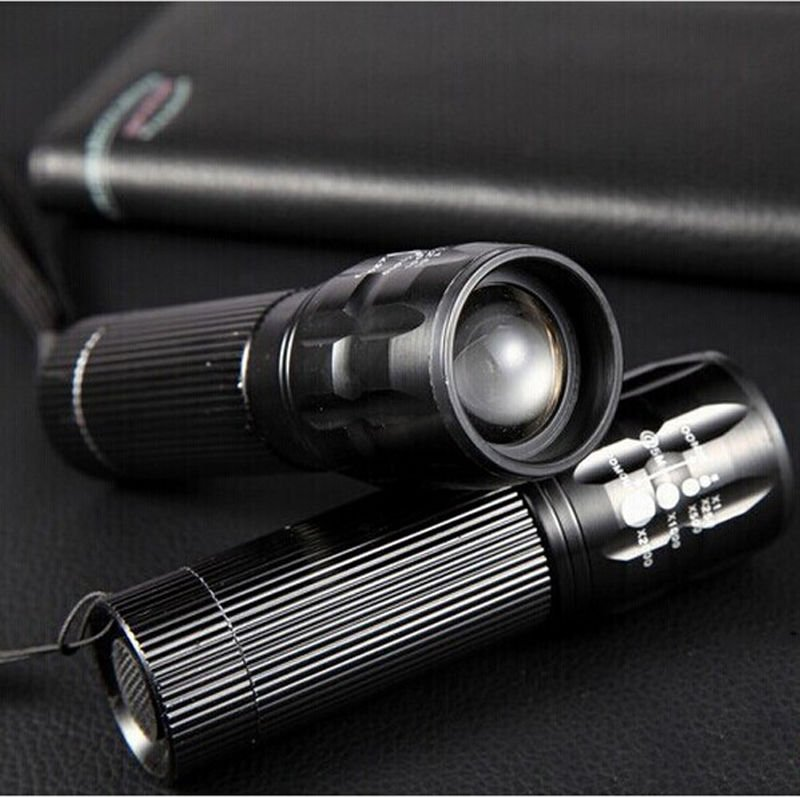 High Power Torch 500 Lumen Zoomable LED Flashlight Torch Outdoor Lighting  DB