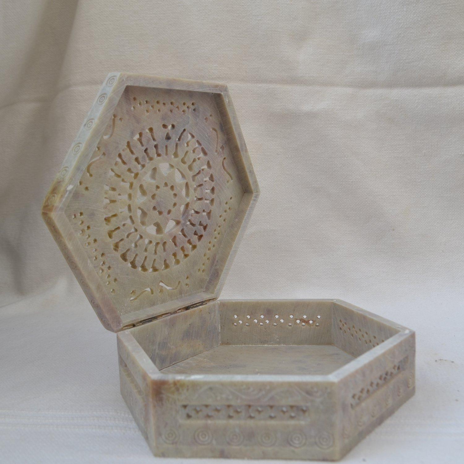 Marble Jewelry Trinket Box Floral Design Carving Handmade For Home Decor gifts.