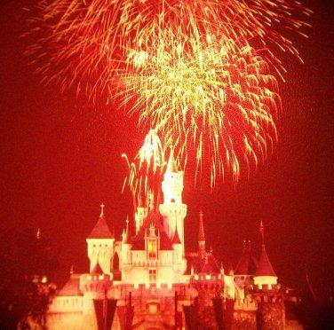 Disneyland 35mm FIREWORKS / SLEEPING BEAUTY CASTLE Souvenir Slide PANA-VUE (Vintage) VP21A1