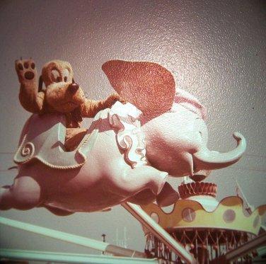 Disneyland 35mm PLUTO ON DUMBO RIDE Fantasyland Souvenir Slide PANA-VUE (Vintage) VP524
