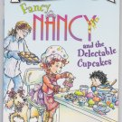 FANCY NANCY AND THE DELECTABLE CUPCAKES I Can Read Level 1 (PB) (Acceptable/Readers)