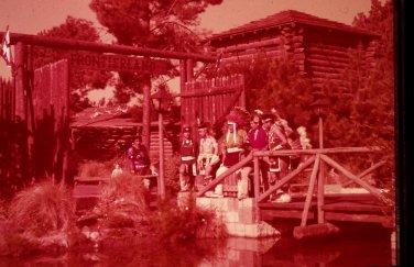 Disneyland 35mm ENTRANCE Souvenir Slide PANA-VUE (Vintage) VP407