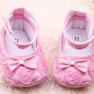 New 9/12 months baby girl's soft bottom pink crib shoes w/ rosettes infant
