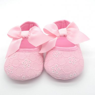 New baby girl's size 1 pink eyelet dress shoes C183 crib shoes