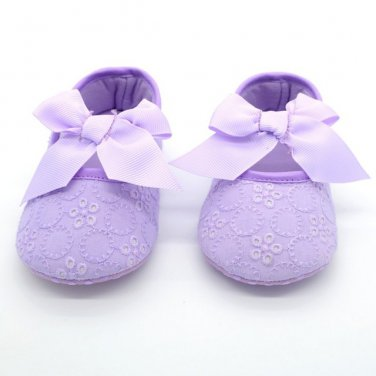 New baby girl's size 1 purple eyelet dress shoes C183 crib shoes