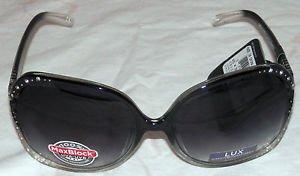 NWT Foster Grant Women''s Fashion Plastic Lux 5 Black Sunglasses 100% protection
