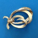 "ELEGANT VERY WELL MADE VINTAGE GOLD TONE PIN BARREL CLASP. SEE PICS! 1 1/2"" X 1"""
